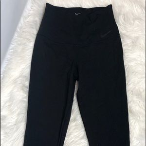 Nike High waist compression leggings sz M 19""